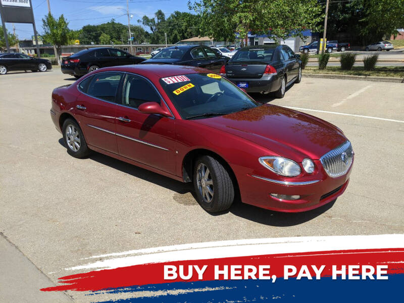 2009 Buick LaCrosse for sale at AmericAuto in Des Moines IA