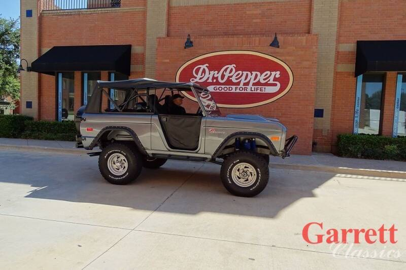 1972 Ford Bronco for sale at Garrett Classics in Lewisville TX