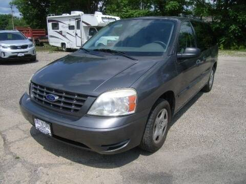 2005 Ford Freestar for sale at HALL OF FAME MOTORS in Rittman OH