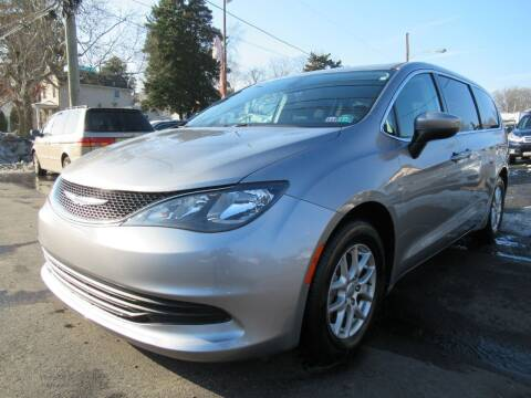 2017 Chrysler Pacifica for sale at PRESTIGE IMPORT AUTO SALES in Morrisville PA