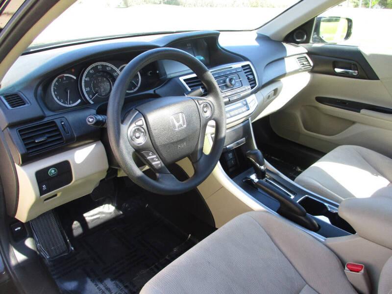 2013 Honda Accord EX 4dr Sedan CVT - Elgin IL