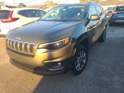 2019 Jeep Cherokee for sale at PHIL SMITH AUTOMOTIVE GROUP - Tallahassee Ford Lincoln in Tallahassee FL