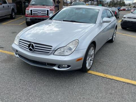 2008 Mercedes-Benz CLS for sale at MAGIC AUTO SALES - Magic Auto Prestige in South Hackensack NJ