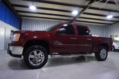2013 GMC Sierra 1500 for sale at SOUTHWEST AUTO CENTER INC in Houston TX