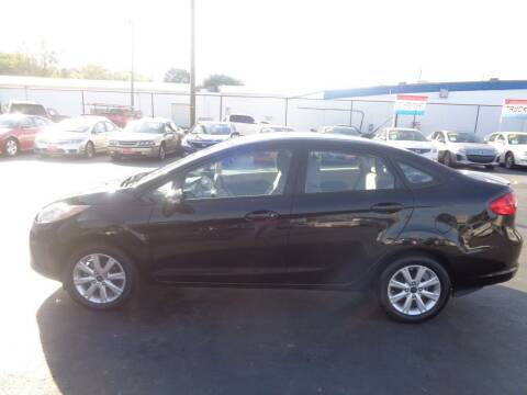 2013 Ford Fiesta for sale at Cars Unlimited Inc in Lebanon TN