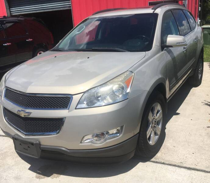 2010 Chevrolet Traverse for sale at PICAZO AUTO SALES in South Houston TX