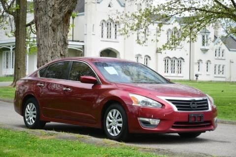 2013 Nissan Altima for sale at Digital Auto in Lexington KY