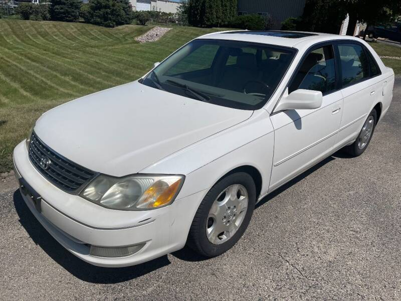 2004 Toyota Avalon for sale at Luxury Cars Xchange in Lockport IL