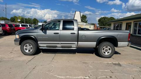 2005 Dodge Ram Pickup 2500 for sale at Eagle Care Autos in Mcpherson KS