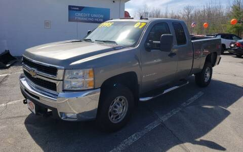 2007 Chevrolet Silverado 2500HD for sale at Healey Auto in Rochester NH