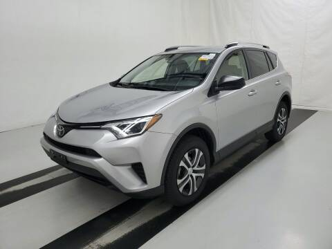 2018 Toyota RAV4 for sale at SILVER ARROW AUTO SALES CORPORATION in Newark NJ