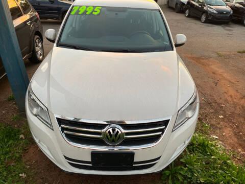 2011 Volkswagen Tiguan for sale at Noel Motors LLC in Griffin GA