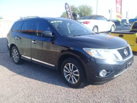 2013 Nissan Pathfinder for sale at 1ST AUTO & MARINE in Apache Junction AZ