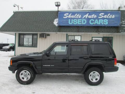 2000 Jeep Cherokee for sale at SHULTS AUTO SALES INC. in Crystal Lake IL