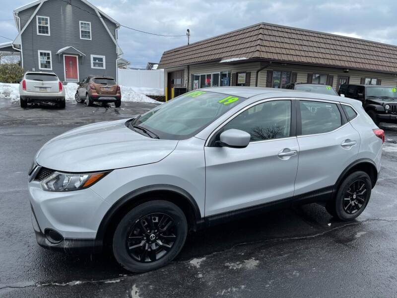 2019 Nissan Rogue Sport for sale at MAGNUM MOTORS in Reedsville PA