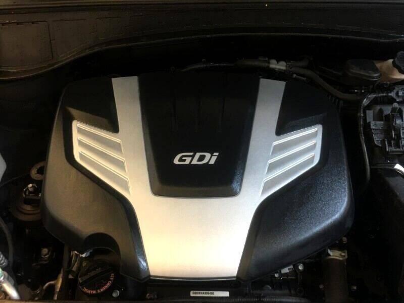 2018 Hyundai Santa Fe SE 4dr SUV - Strasburg ND