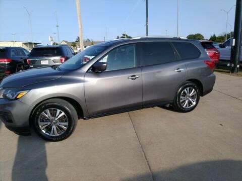 2019 Nissan Pathfinder for sale at Bryans Car Corner in Chickasha OK