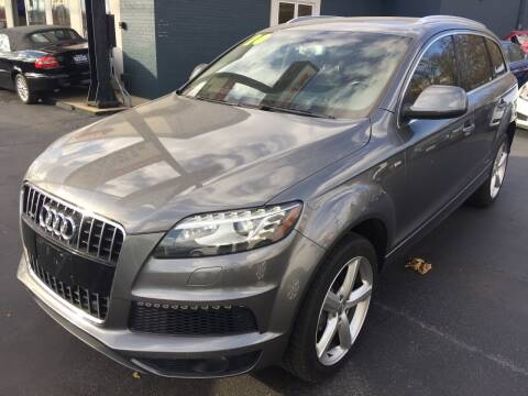 2010 Audi Q7 for sale at ROUTE 6 AUTOMAX in Markham IL