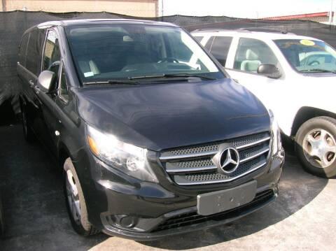 2018 Mercedes-Benz Metris for sale at Avalanche Auto Sales in Denver CO