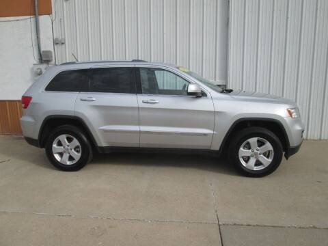 2012 Jeep Grand Cherokee for sale at Parkway Motors in Osage Beach MO