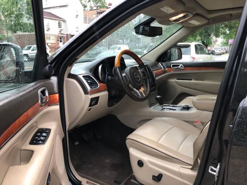 2012 Jeep Grand Cherokee 4x4 Overland 4dr SUV - Newark NJ