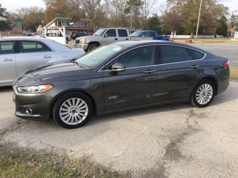 2016 Ford Fusion Energi for sale at LAURINBURG AUTO SALES in Laurinburg NC