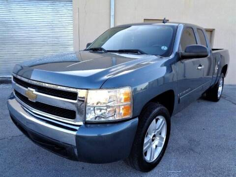 2007 Chevrolet Silverado 1500 for sale at Selective Motor Cars in Miami FL