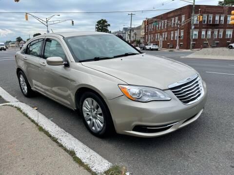 2014 Chrysler 200 for sale at G1 AUTO SALES II in Elizabeth NJ