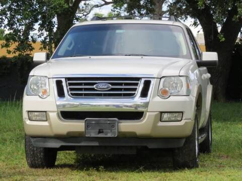 2008 Ford Explorer for sale at LAKE CITY AUTO SALES in Forest Park GA