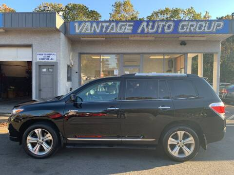2011 Toyota Highlander for sale at Vantage Auto Group in Brick NJ