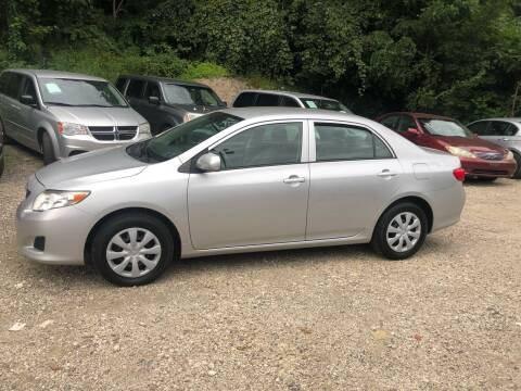 2009 Toyota Corolla for sale at Compact Cars of Pittsburgh in Pittsburgh PA