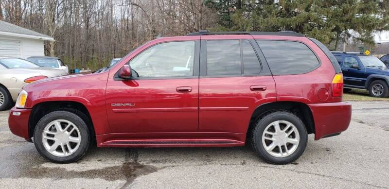 2006 GMC Envoy for sale at Larrys Used Cars in Hartford MI