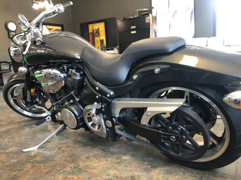2002 Yamaha roadstar warrior 1700 for sale at Triple R Sales in Lake City MN