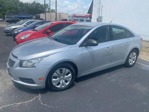 2013 Chevrolet Cruze for sale at Auto Credit Xpress - Jonesboro in Jonesboro AR