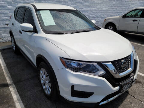 2019 Nissan Rogue for sale at ADVANTAGE AUTO SALES INC in Bell CA