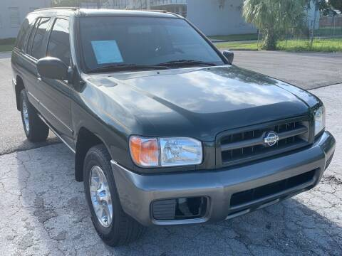 2000 Nissan Pathfinder for sale at Consumer Auto Credit in Tampa FL