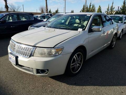 2007 Lincoln MKZ for sale at MCHENRY AUTO SALES in Modesto CA