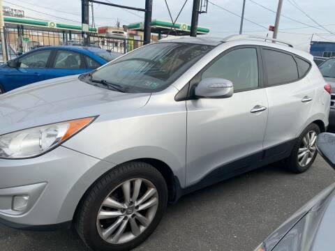 2013 Hyundai Tucson for sale at Debo Bros Auto Sales in Philadelphia PA