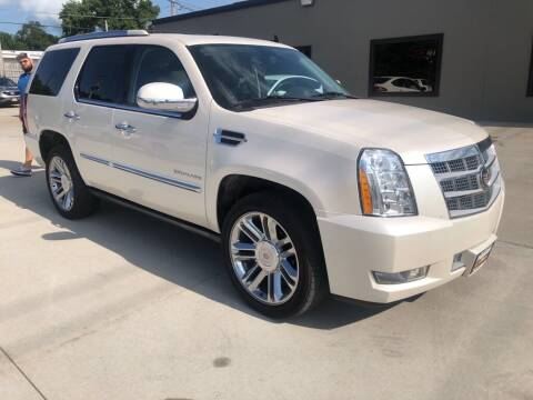 2013 Cadillac Escalade for sale at Tigerland Motors in Sedalia MO