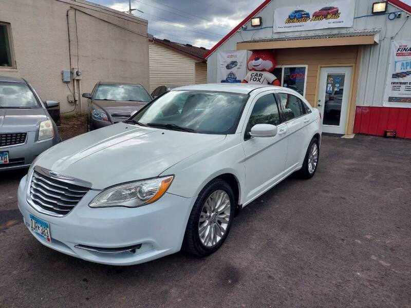 2013 Chrysler 200 for sale at Rochester Auto Mall in Rochester MN