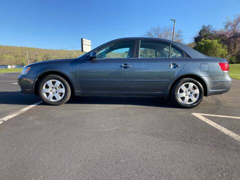 2010 Hyundai Sonata for sale at Tennessee Valley Wholesale Autos LLC in Huntsville AL