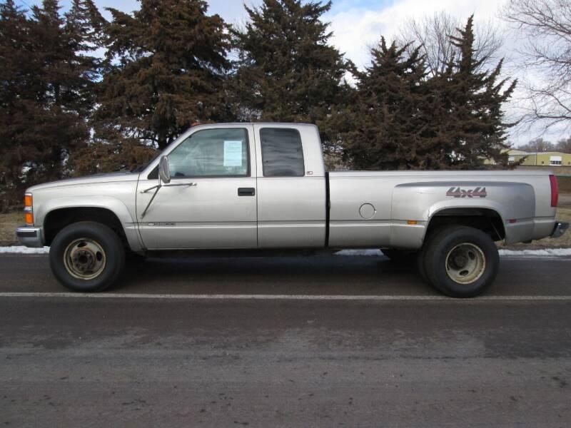 2000 Chevrolet C/K 3500 Series for sale at Joe's Motor Company in Hazard NE