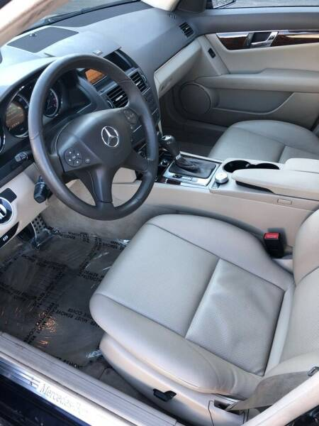 2011 Mercedes-Benz C-Class AWD C 300 Luxury 4MATIC 4dr Sedan - Portland ME