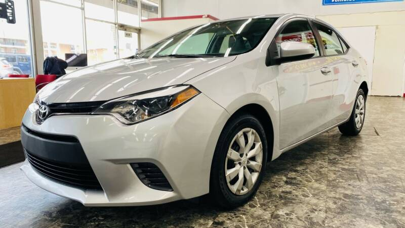 2016 Toyota Corolla for sale at TOP YIN MOTORS in Mount Prospect IL
