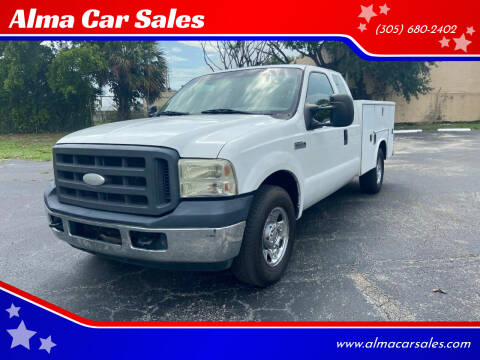 2005 Ford F-250 Super Duty for sale at Alma Car Sales in Miami FL