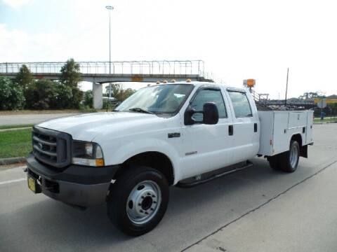 2003 Ford F-550 Super Duty for sale at SARCO ENTERPRISE inc in Houston TX