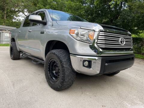 2017 Toyota Tundra for sale at Thornhill Motor Company in Lake Worth TX