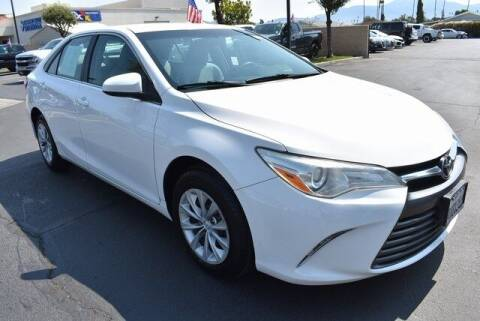 2015 Toyota Camry for sale at DIAMOND VALLEY HONDA in Hemet CA