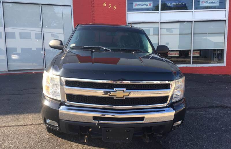 2009 Chevrolet Silverado 1500 for sale at Framingham Motor Sales in Framingham MA