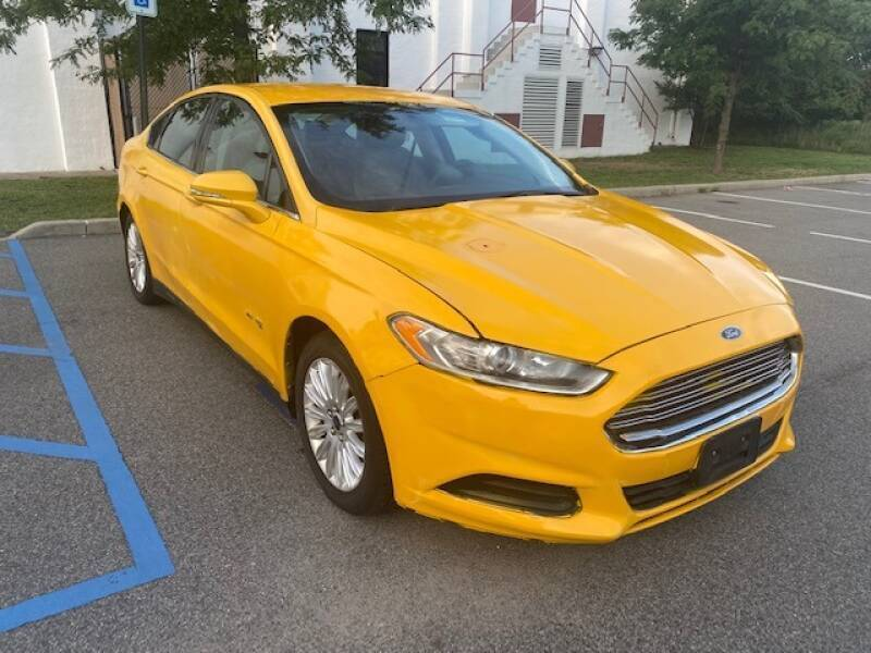 2015 Ford Fusion Hybrid for sale at CarNYC.com in Staten Island NY